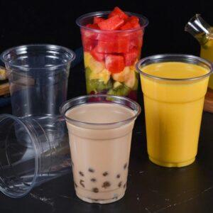 Пластикові стаканчики – зручна ємність для багатьох видів продукції